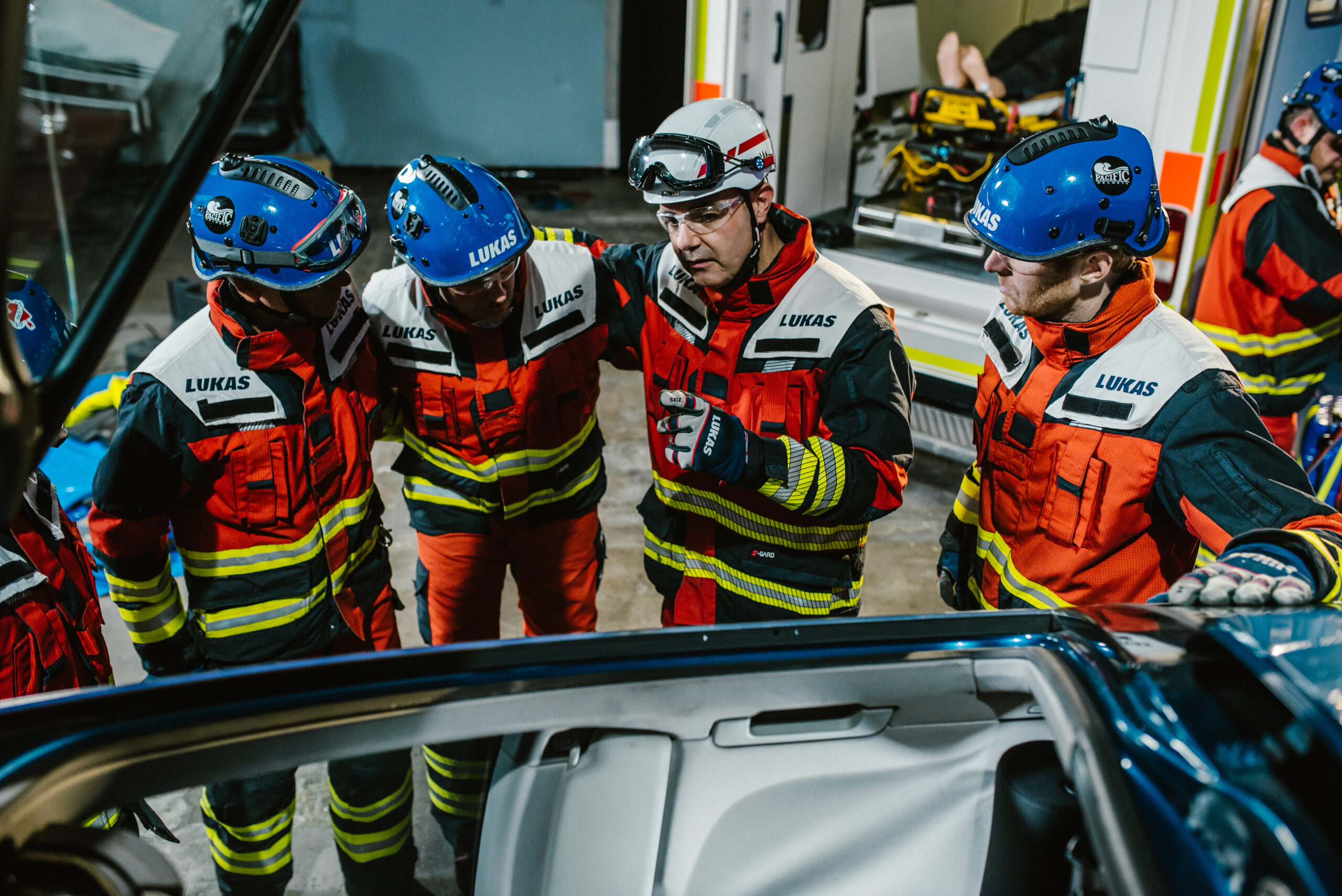 VEHICLE EXTRICATION – THE NEXT GENERATION: COMMUNICATION